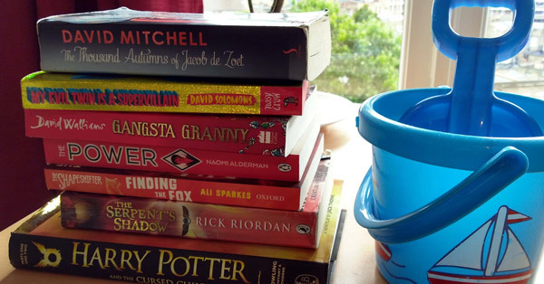 summer-reading-selection-&-bucket-and-spade-Photo-by-readinginspiration