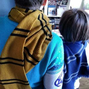 Hufflepuff-and-Ravenclaw-mum-and-son-Reading-Inspiration-Team